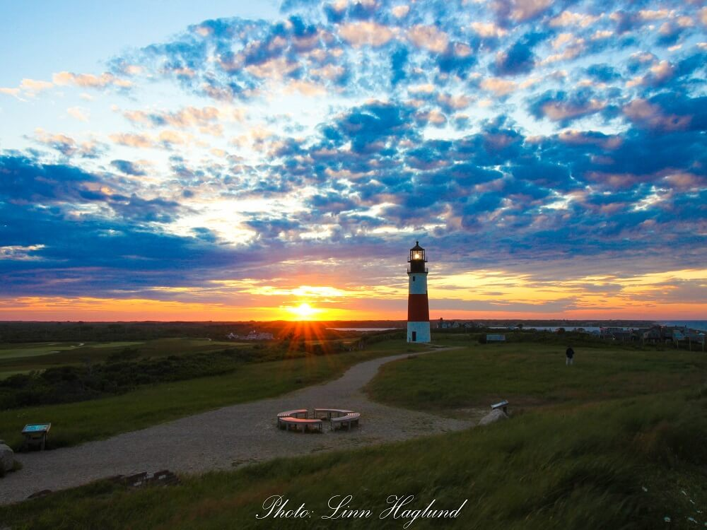 Biking in Nantucket to see the sunset at Sankaty Head Lighthouse