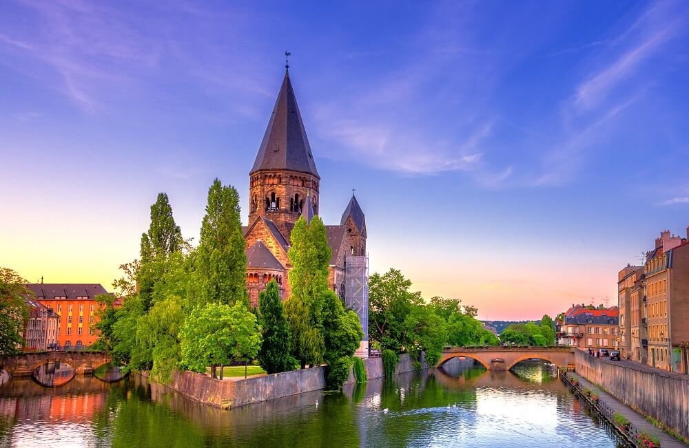 What to do in Metz - see Temple Neuf