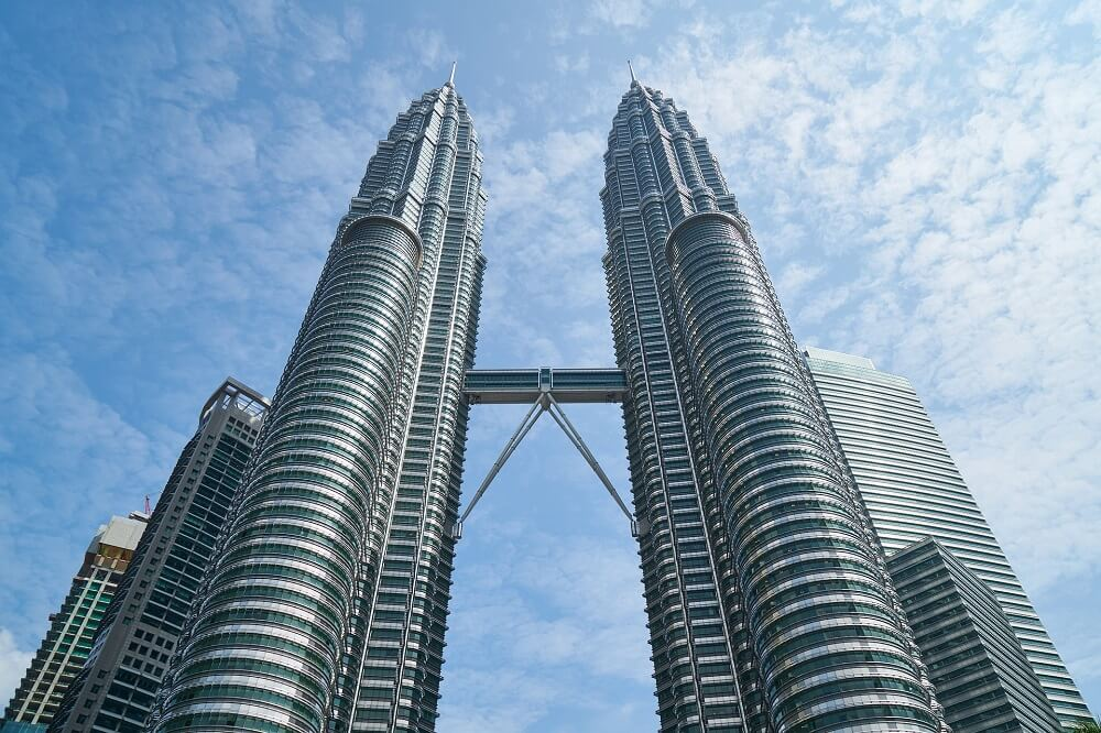 Famous buildings in Asia - Petronas Twin Towers